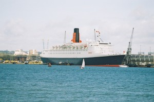 QE2 on the day of her final cruise to the Med