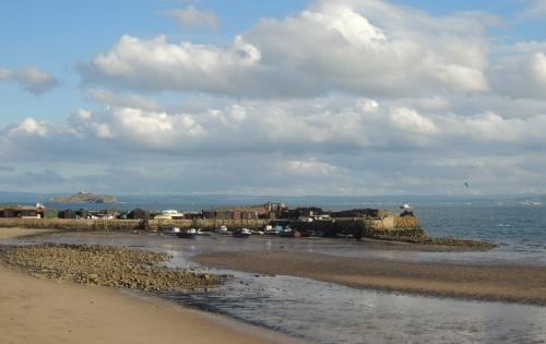 Pettycur Harbour.jpg